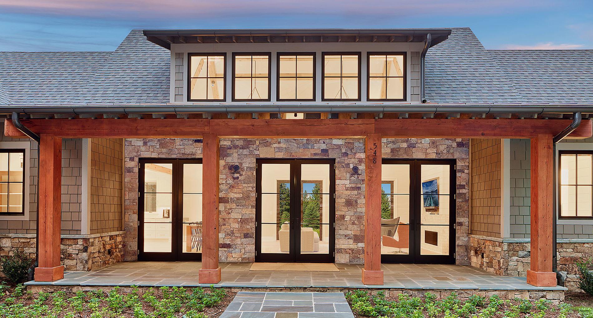 Custom Home Clemson Modernlakehome Slider1