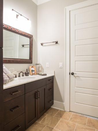 Custom Home Celmson Crestpointeresidence Bathroom3
