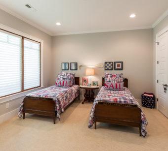 Custom Home Celmson Crestpointeresidence Bedroom2