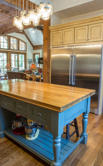 Custom Home Celmson Rusticlake Kitchen5
