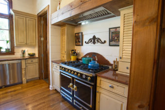 Custom Home Celmson Rusticlake Kitchen9