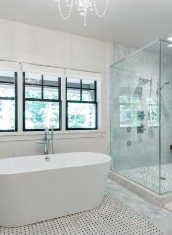Custom Home Celmson Stoneyfishlodge Bathroom5