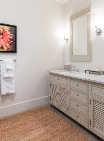 Custom Home Celmson Stoneyfishlodge Bathroom9