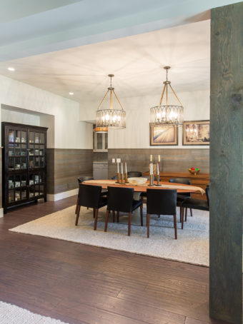 Custom Home Celmson Stoneyfishlodge Diningroom1