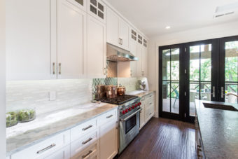 Custom Home Celmson Stoneyfishlodge Kitchen2