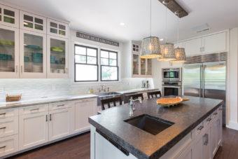 Custom Home Celmson Stoneyfishlodge Kitchen3