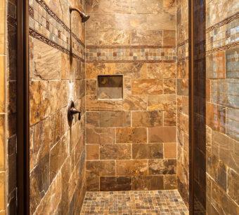 Custom Home Clemson Warpathlodge Bathroom1