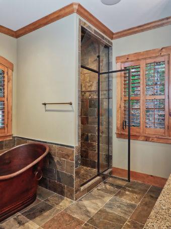 Custom Home Clemson Warpathlodge Bathroom3