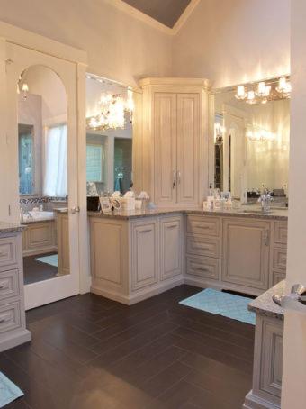 Custom Home Clemson Briargate Bathroom4
