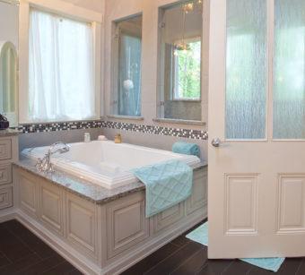 Custom Home Clemson Briargate Bathroom5