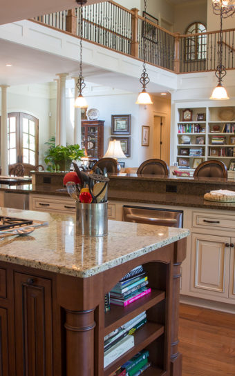 Custom Home Clemson Traditionallakehouse Kitchen2