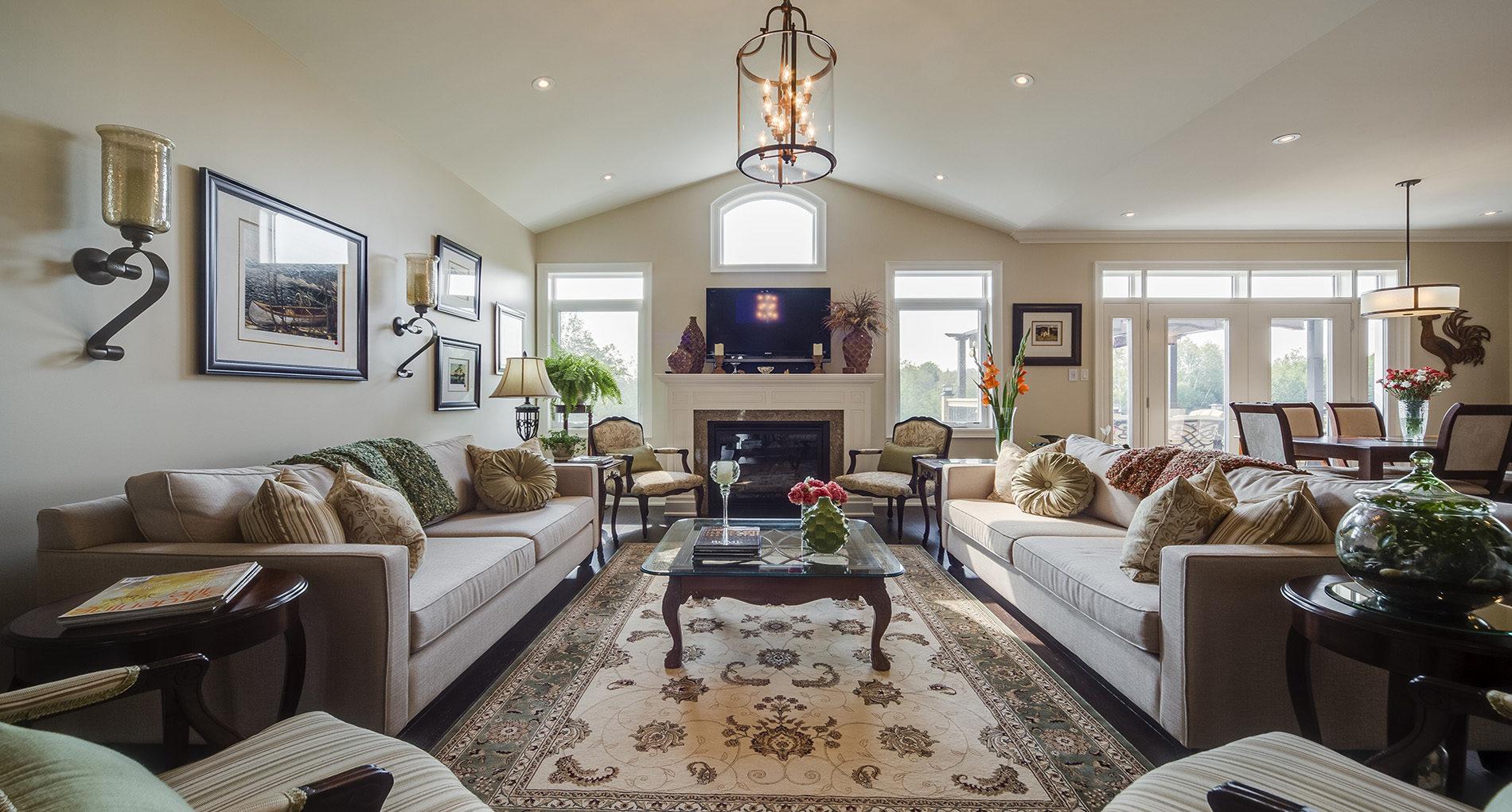 051 Livingroom