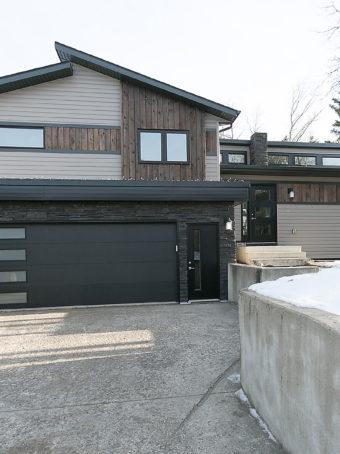 curb-appeal-with-garage-door