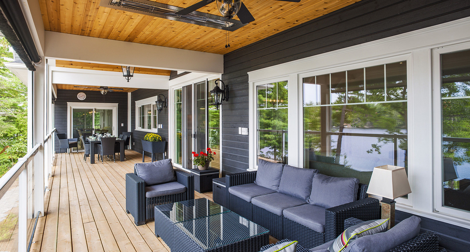 Outdoor Living Aurora Kingsfarm Slider