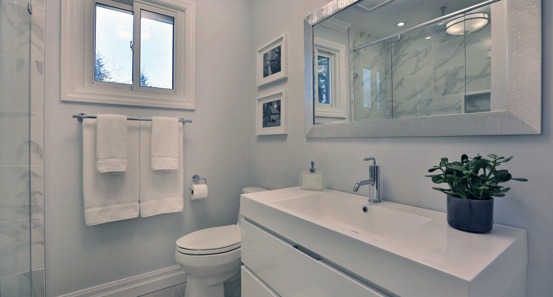 Bathroom Renovation Burlington 1107deerrun Slider1