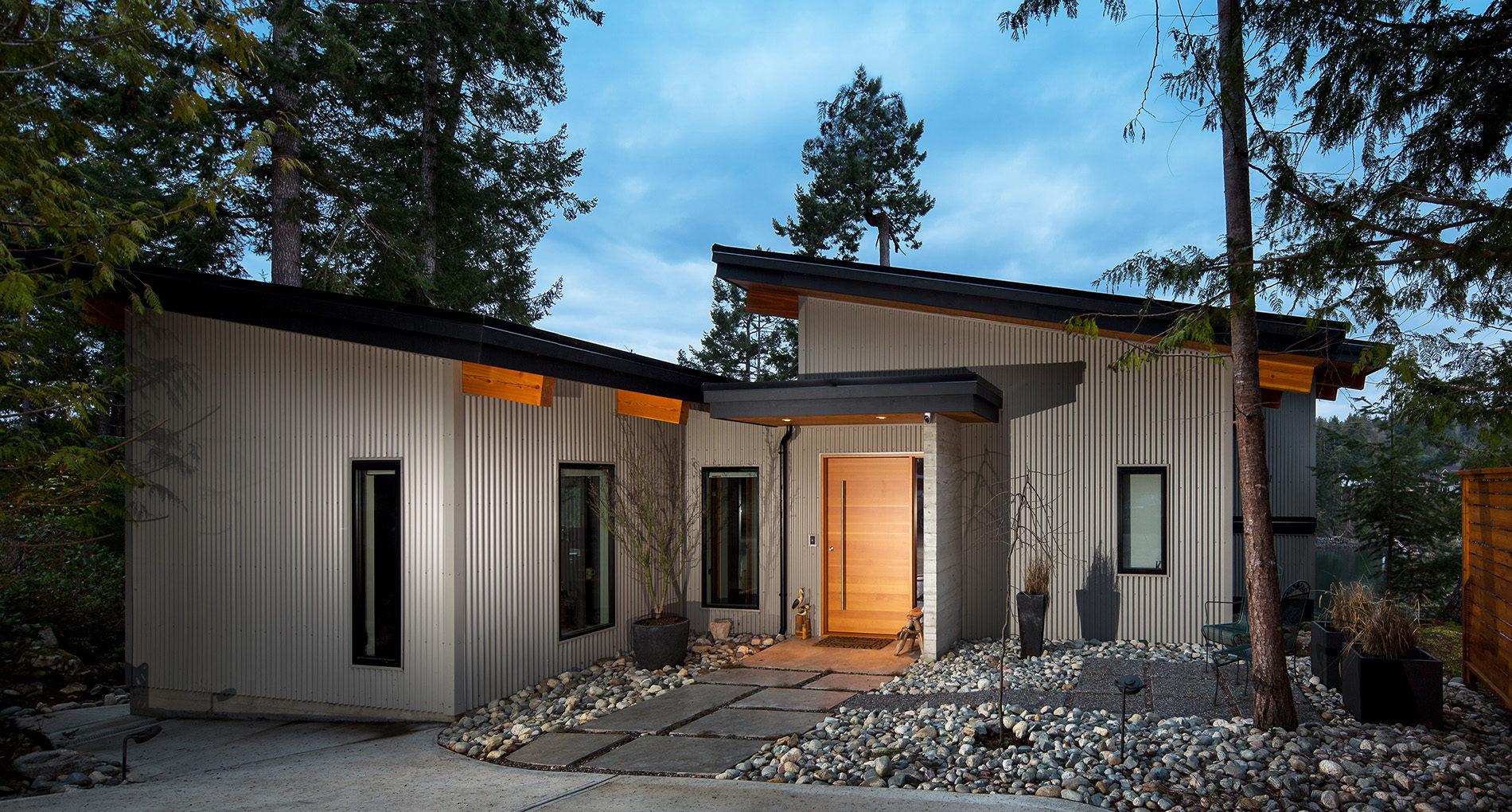Custom Home Kelowna Cliffhouse Slider