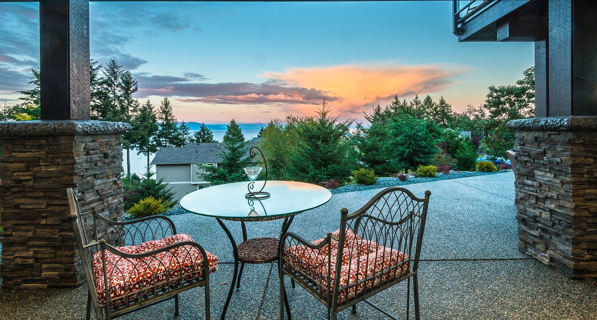 outdoor living in nanaimo