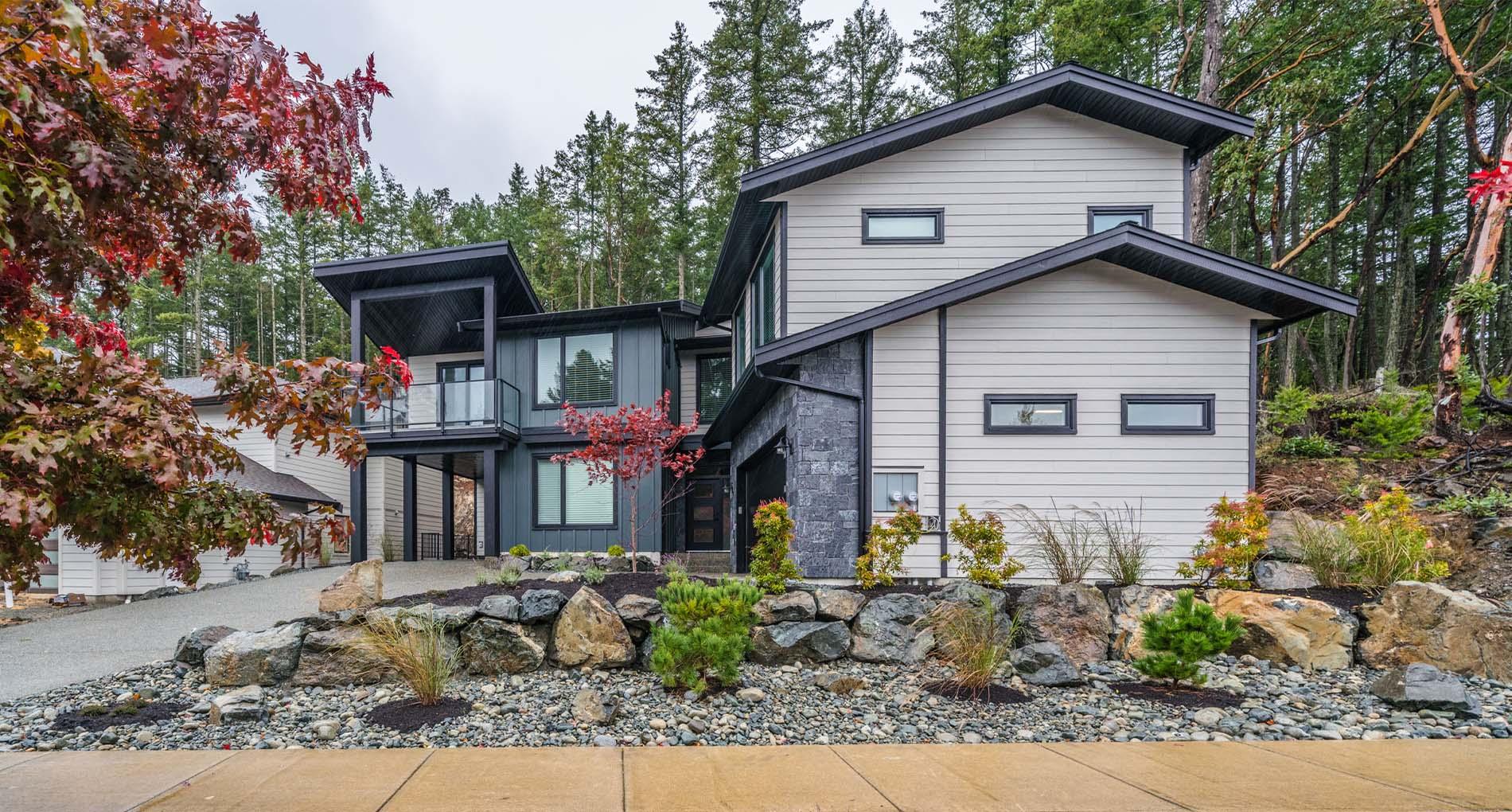 Glen Oaks Drive Custom Home