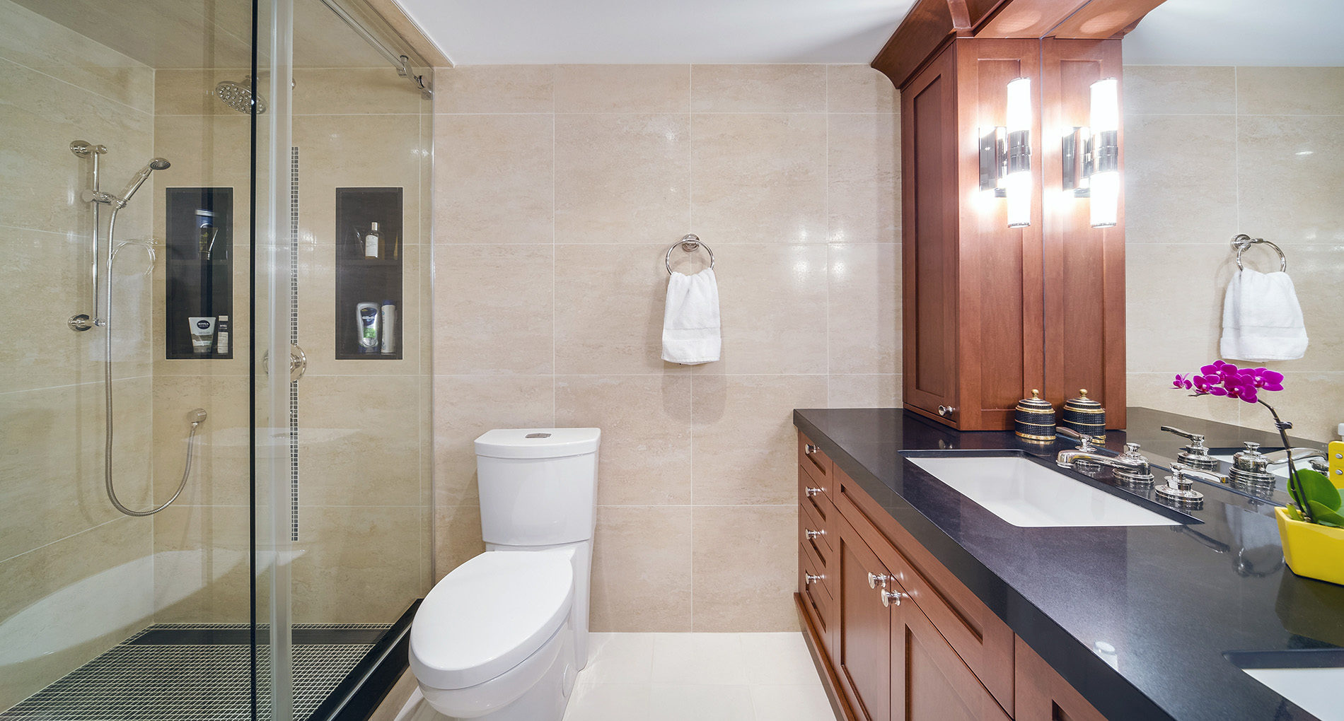 Bathroom Renovation Southetobicoke 77carltonstreetcondo Slider1
