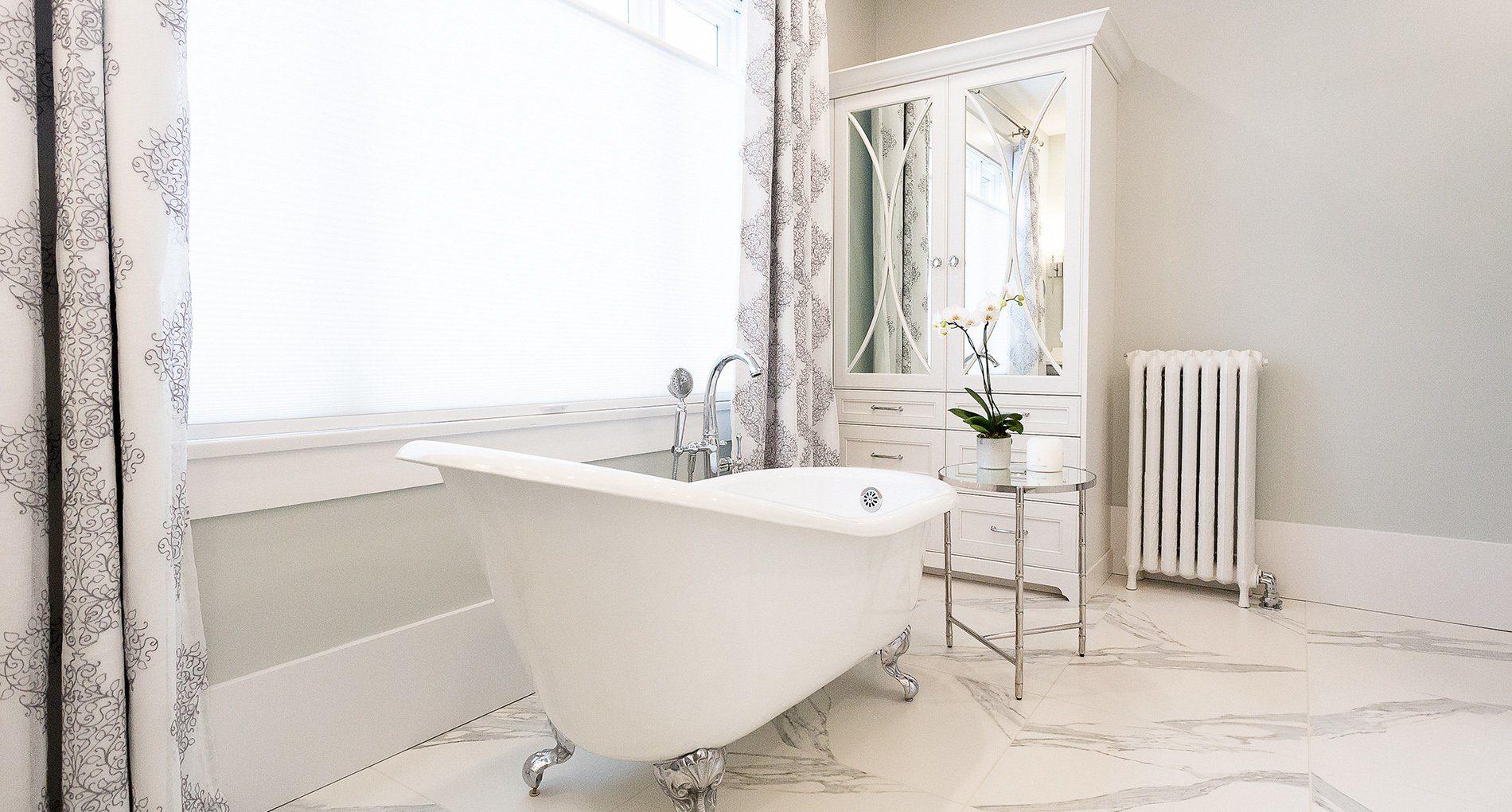 Bathroom Renovation Delta Regina Slider1