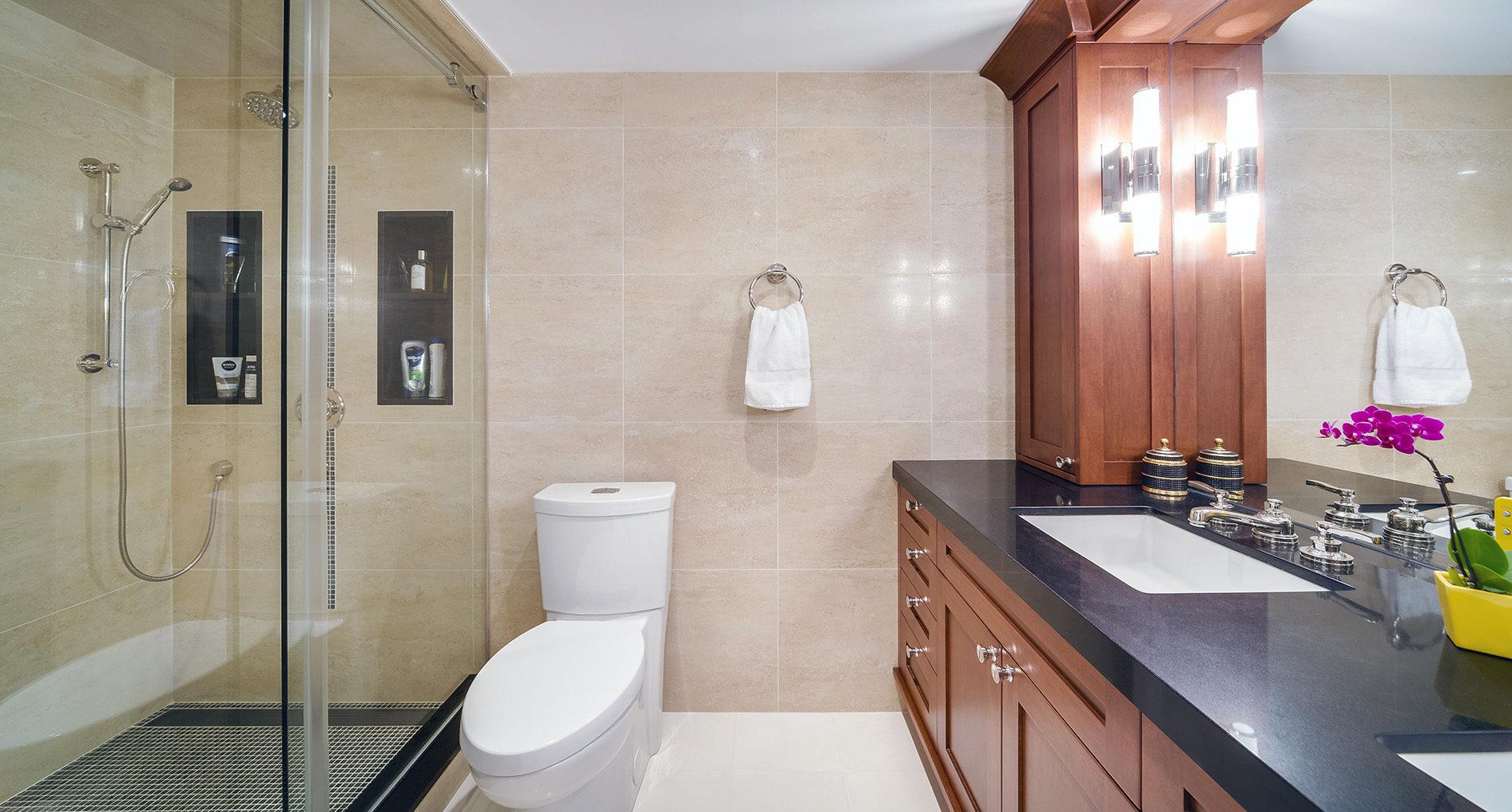 Bathroom Renovation Oakville 77carltonstreetcondo Slider1