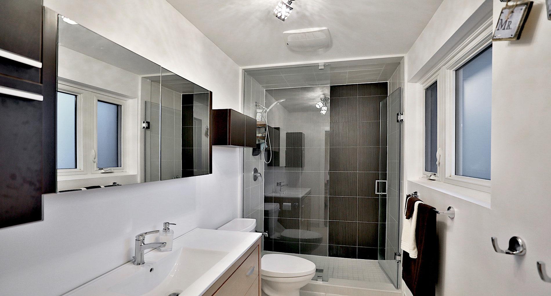 Bathroom Renovation Oakville Threadneedleaddition Slider1