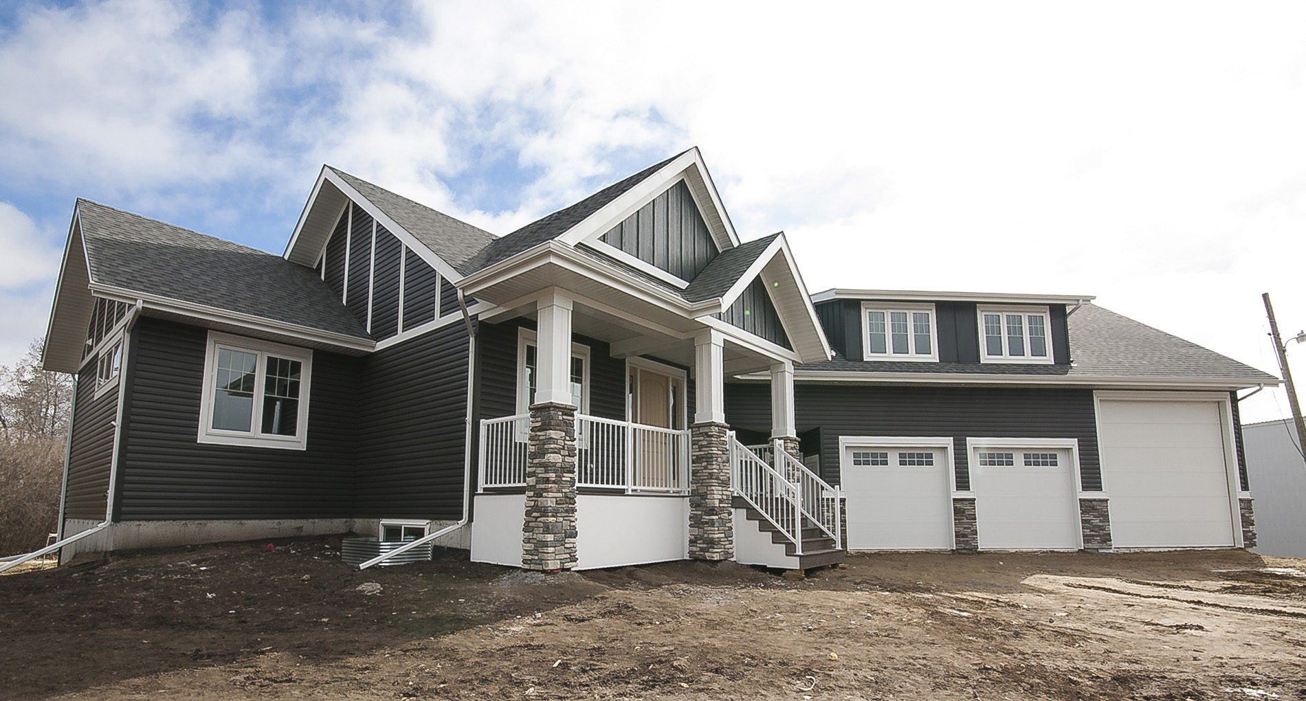 Custom Home Camrose Ponoka Slider