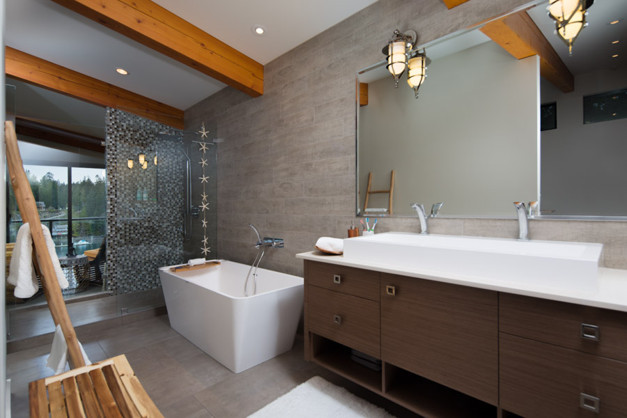 West Vancouver Cliff Custom