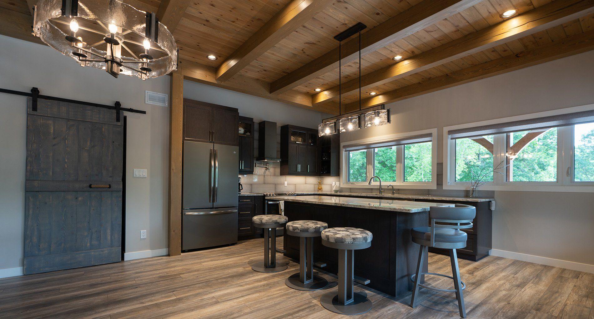 Custom Home Brandon Lakeshore Slider4