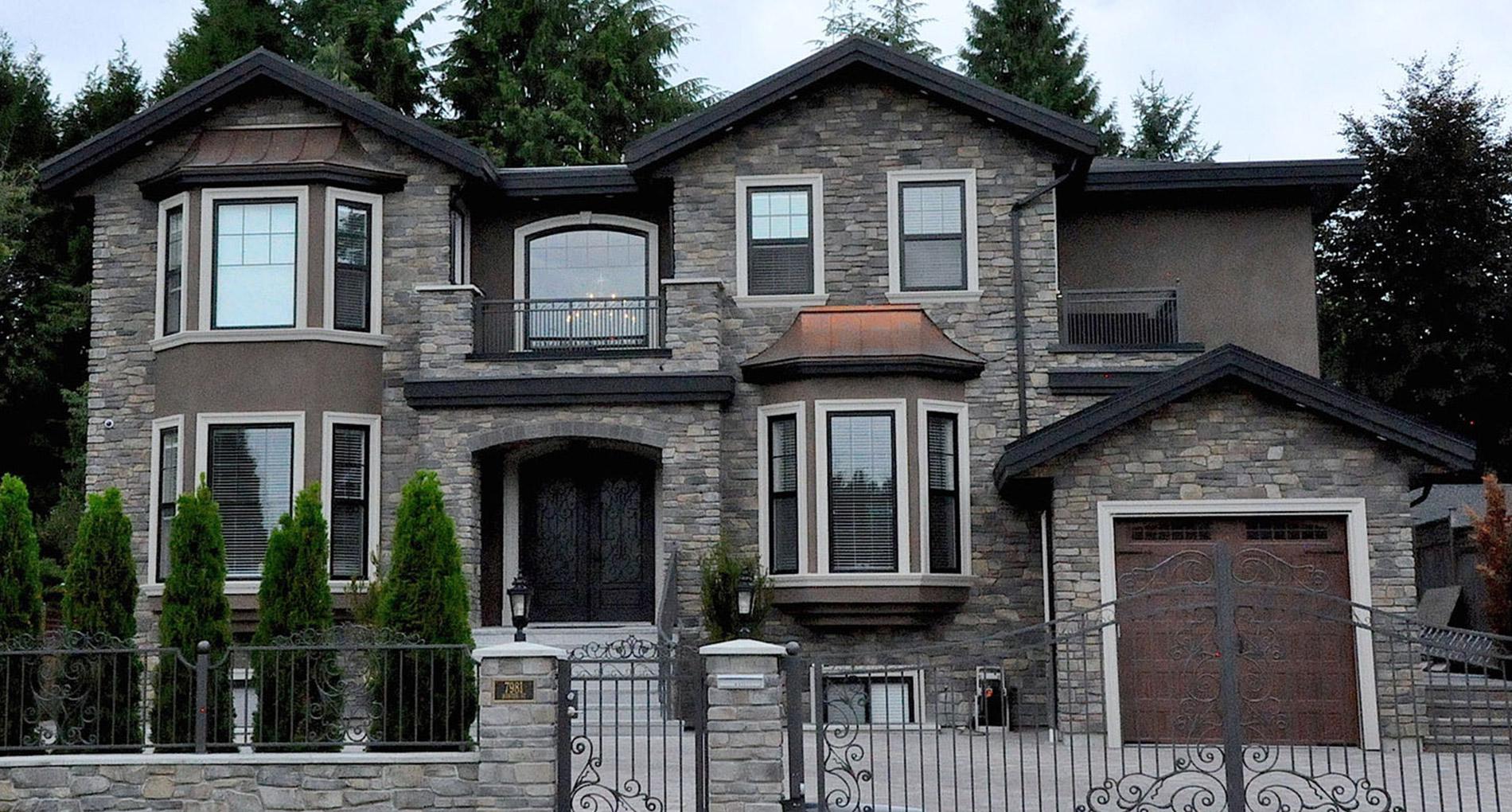 Hunter Custom Mansion