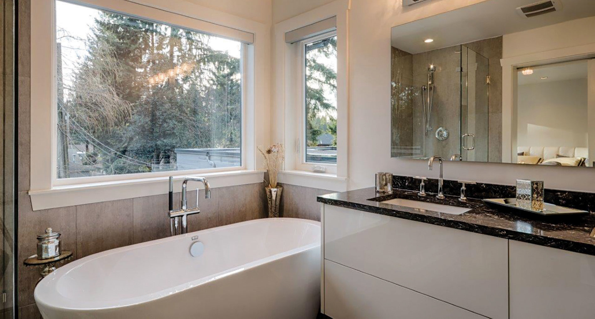 Bathroom Renovation Westnorthvan Canyonblvd Slider