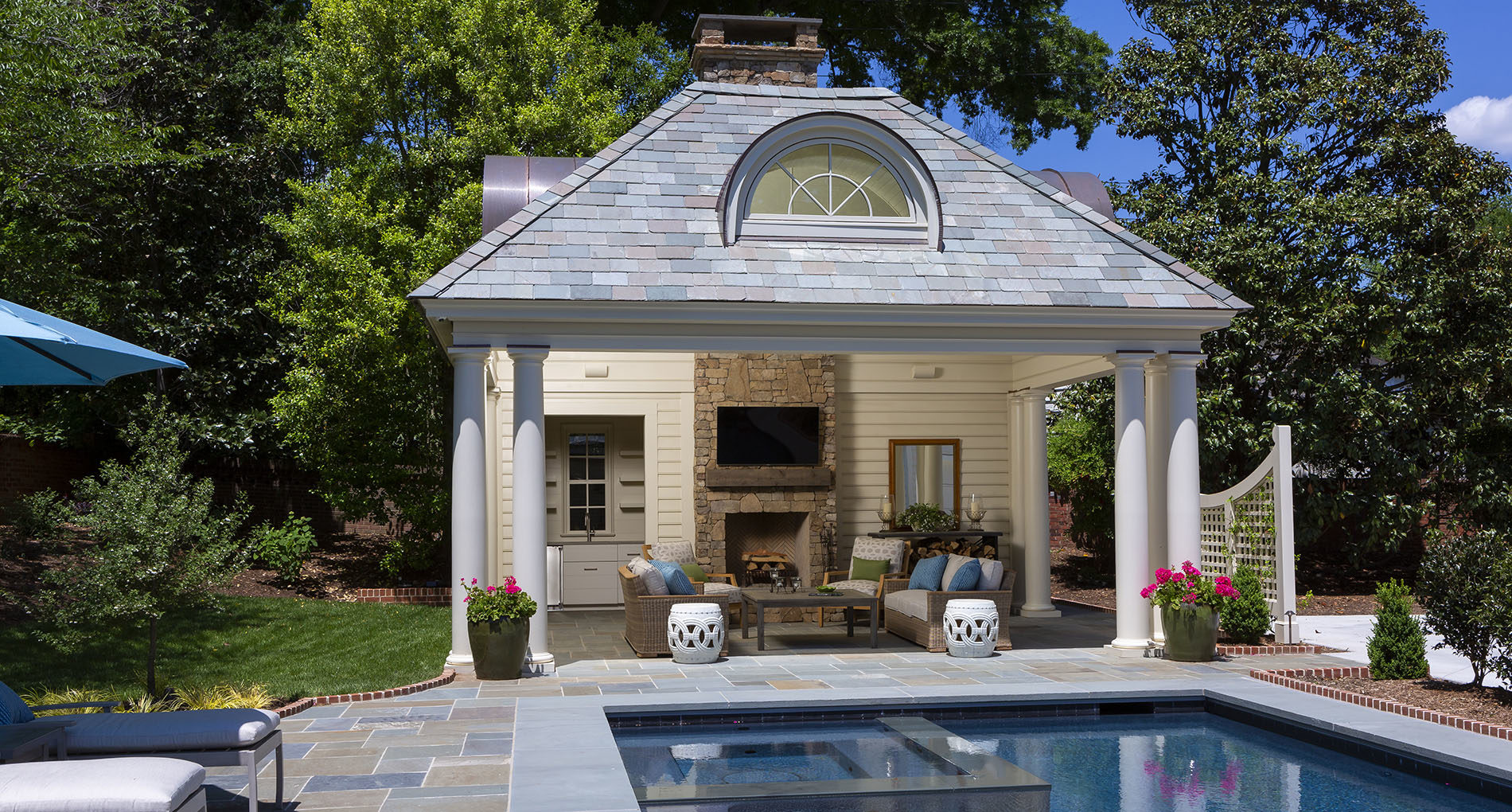 Outdoor Living Charlotte Eastover Slider1