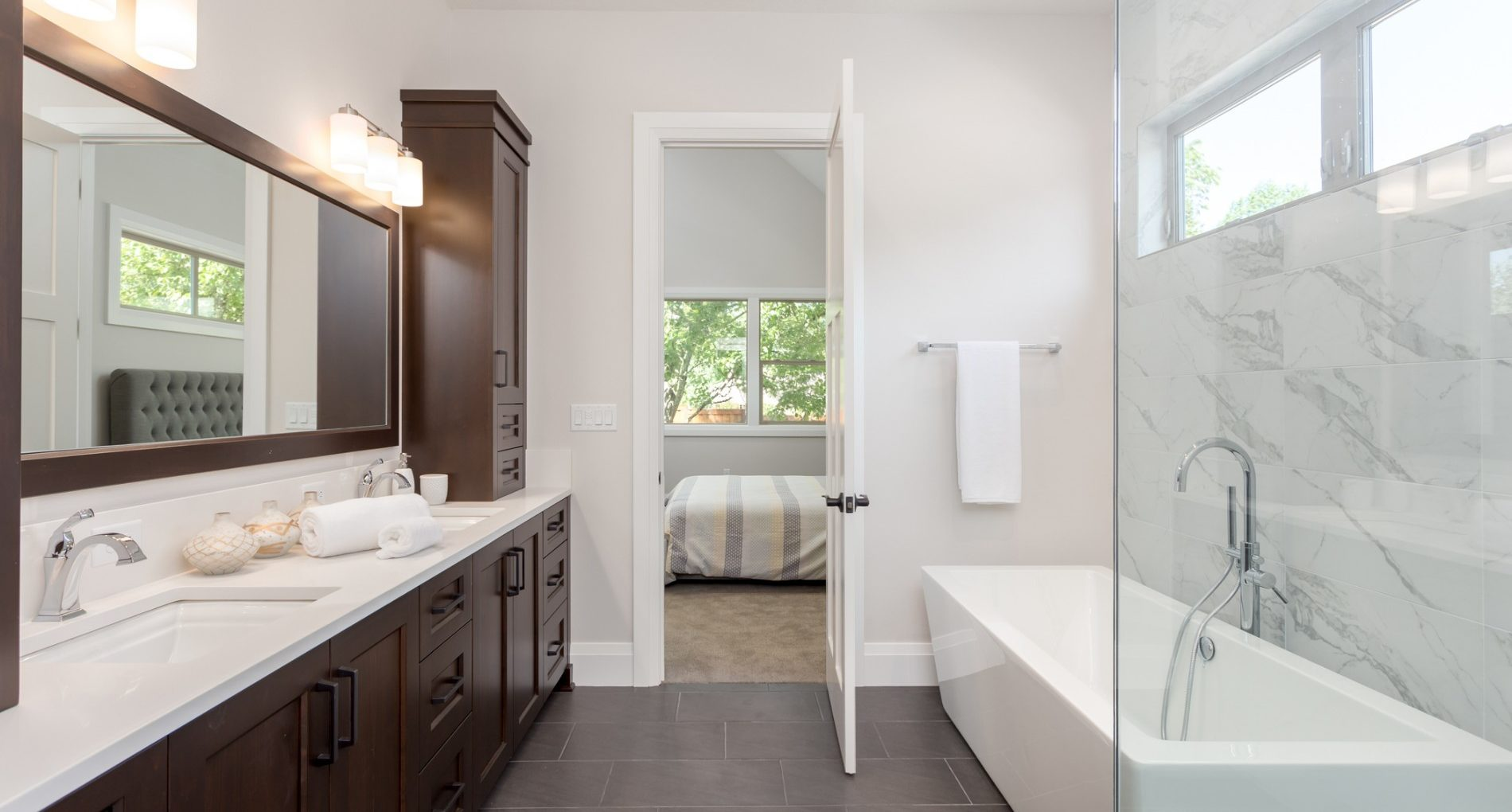 10 Design Ideas to Make Your Custom Bathroom Easier to Clean
