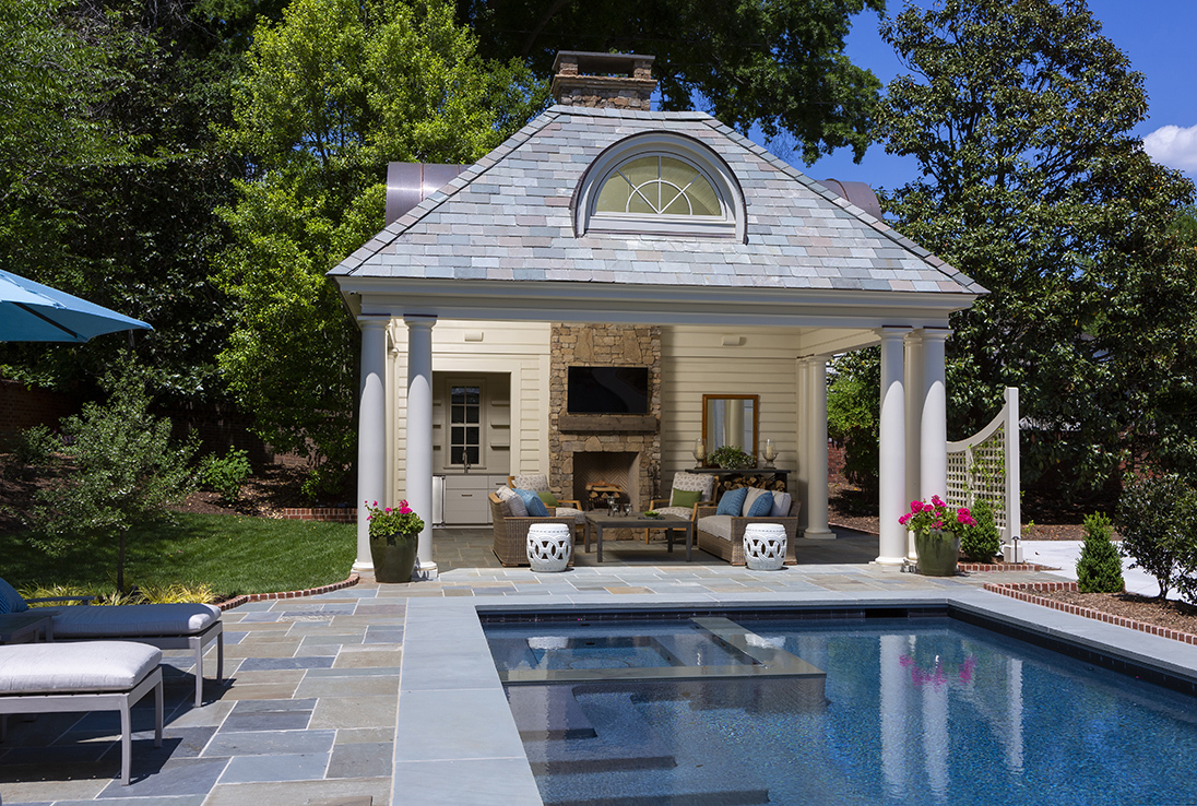 charlotte-outdoor-living-space