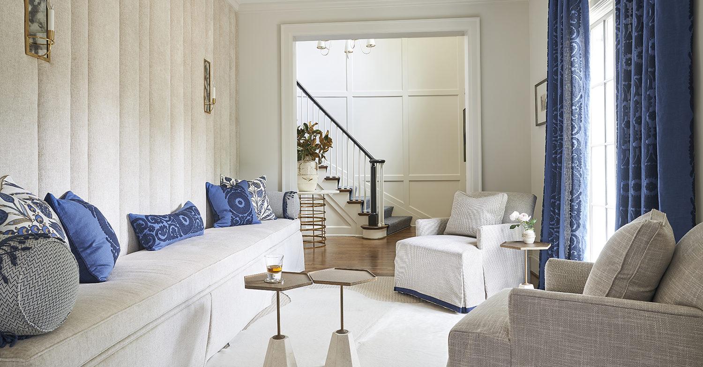 home-renovation-Charlotte-BaltusrolLane-EntrywaySeatingArea1