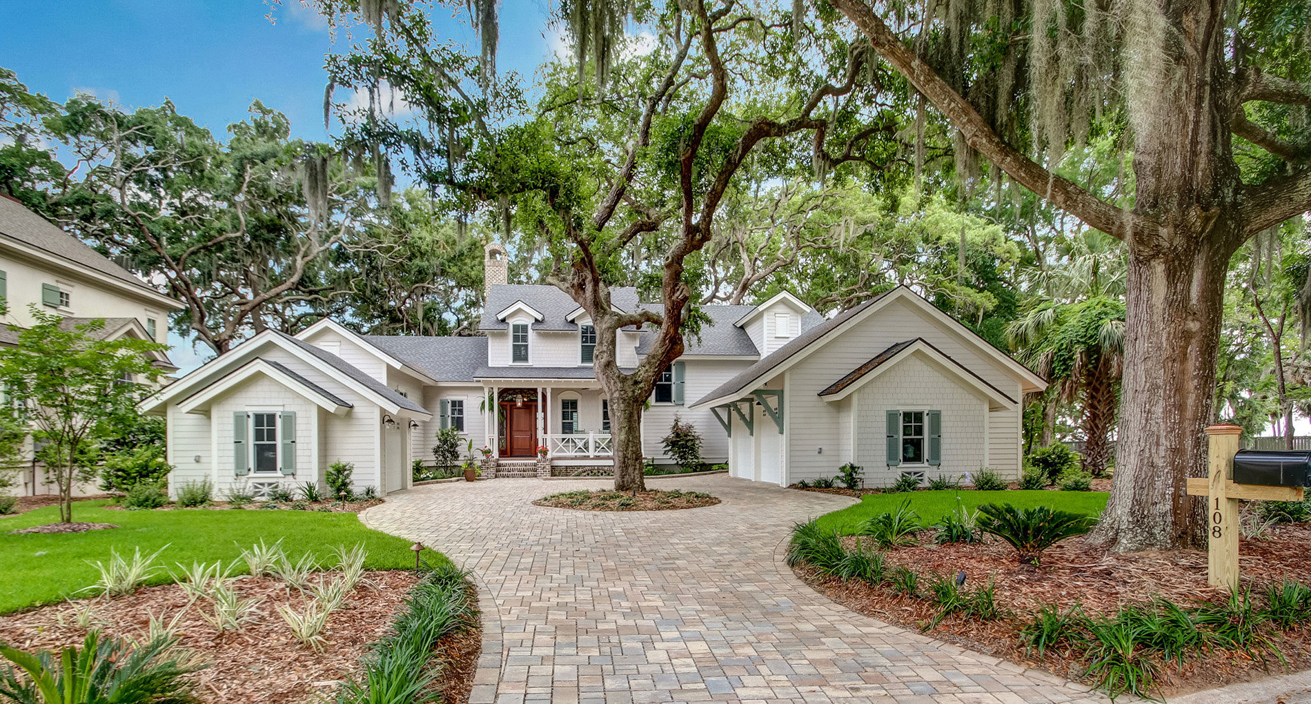 Custom Home Savannah Halfmoon Slider