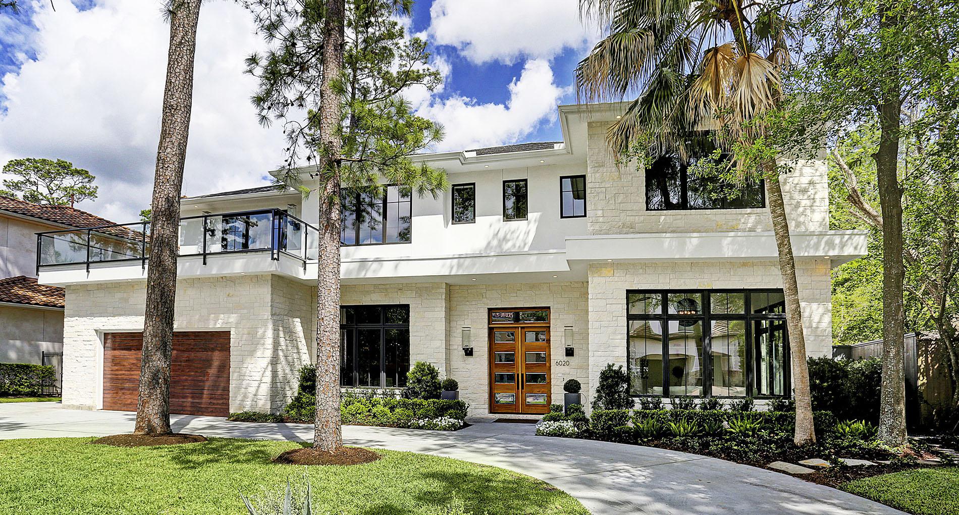 Transitional Glen Cove New Custom Home