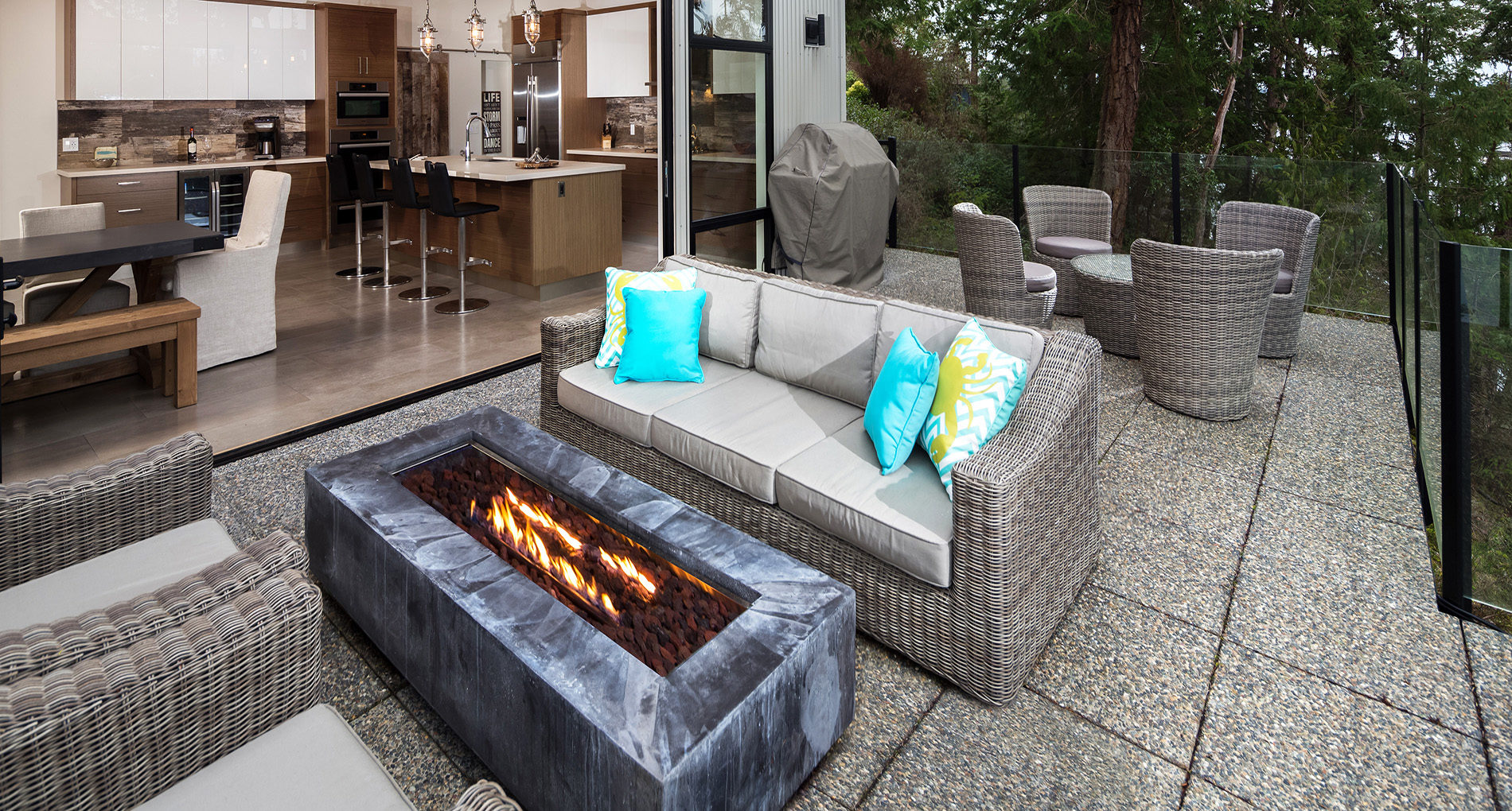 Outdoor Living Victoria Cliffcustom Slider