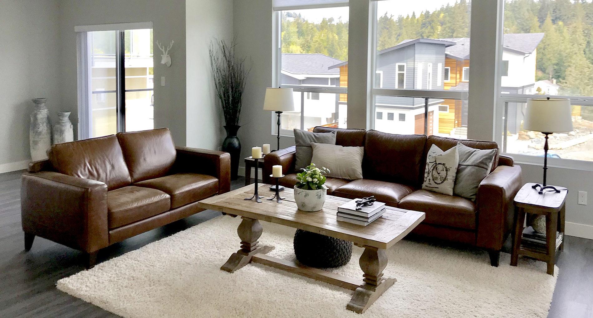 Custom Home Living Room Elevation Pointe 2header