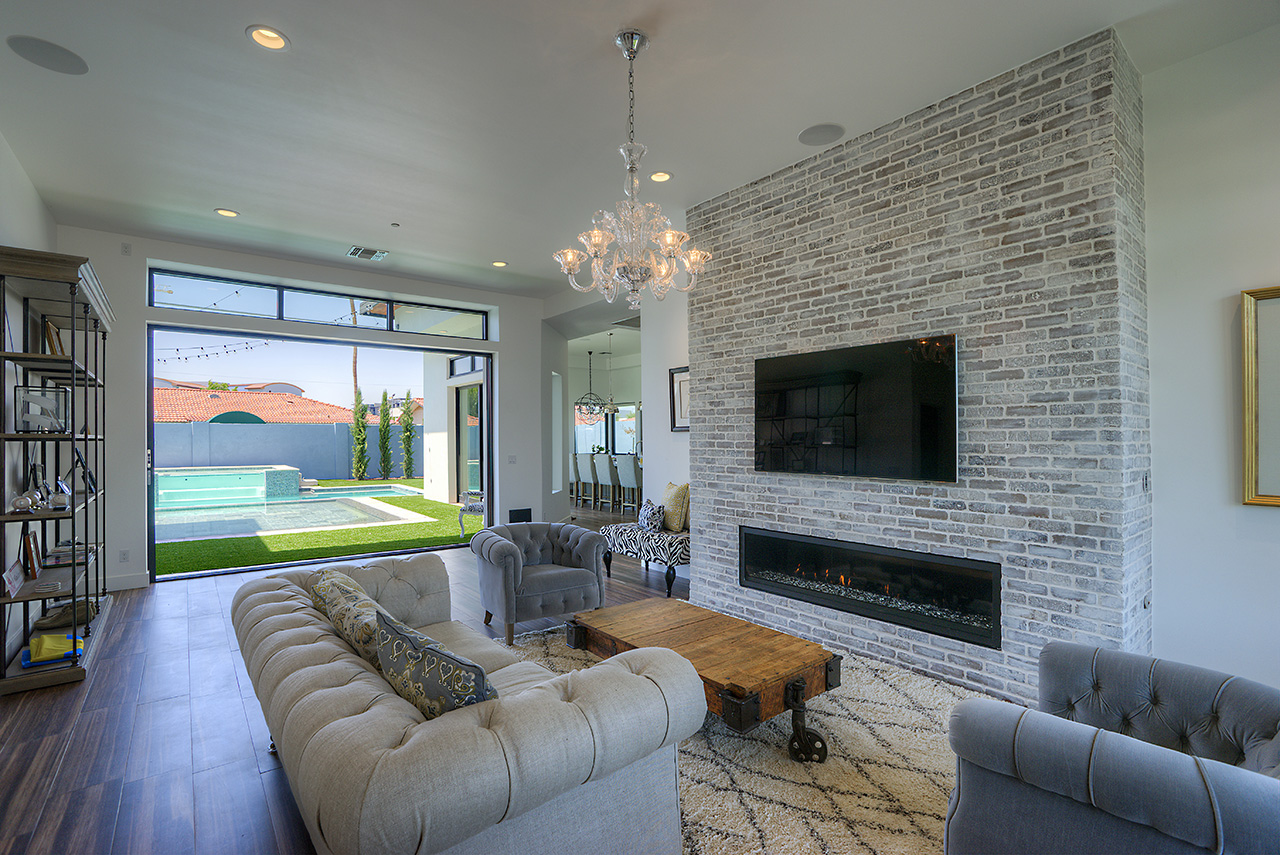 custom-home-fireplace