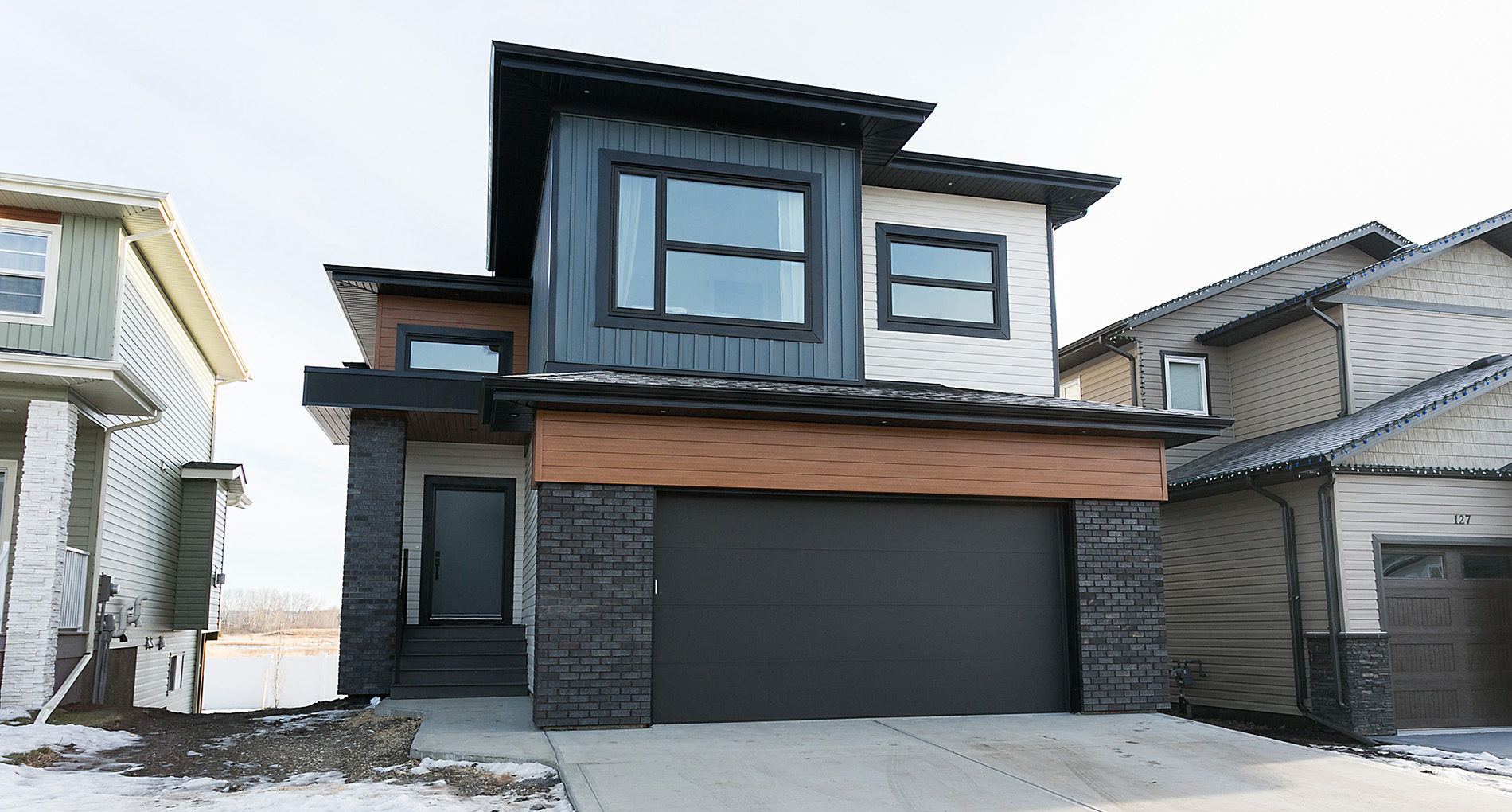 Custom Home Edmonton Vancouvercrescent Slider