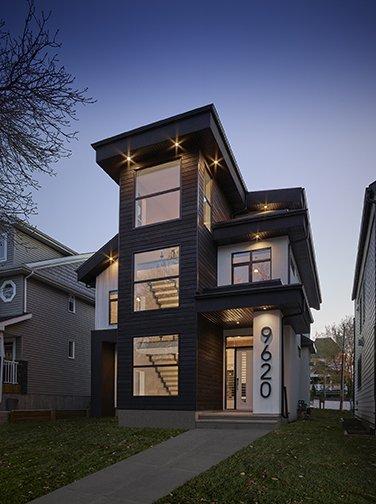 Custom Home Edmonton 96street Exterior1