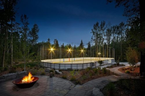 DIY and Custom Backyard Rinks Sure to Score Big