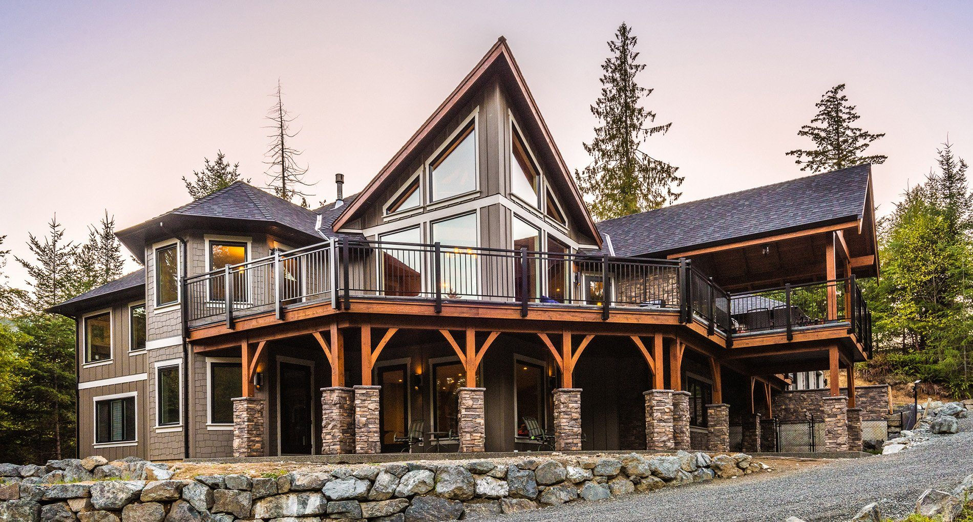 Custom Home Whistler Creeksidepl3378 Slider1