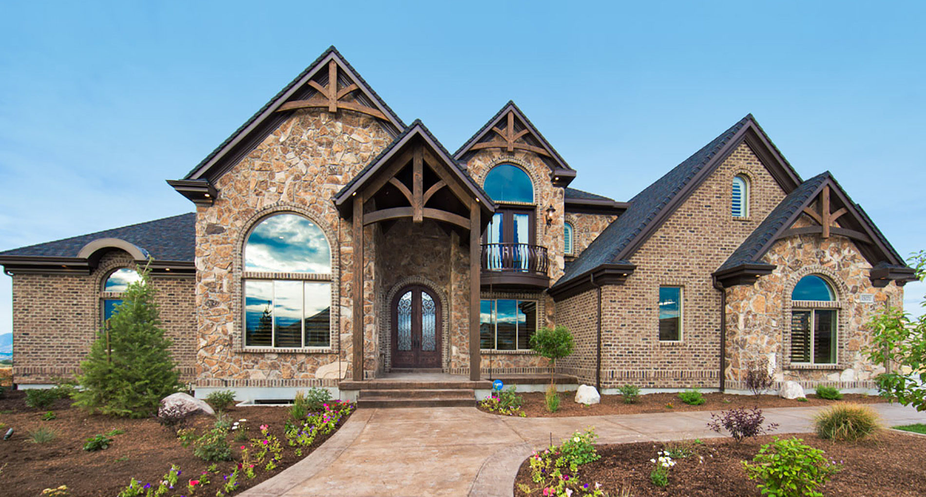Custom Home Saltlake Royalhaven Slider1