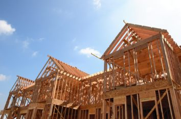 Should You Buy a Lot Before Selecting Your Builder?